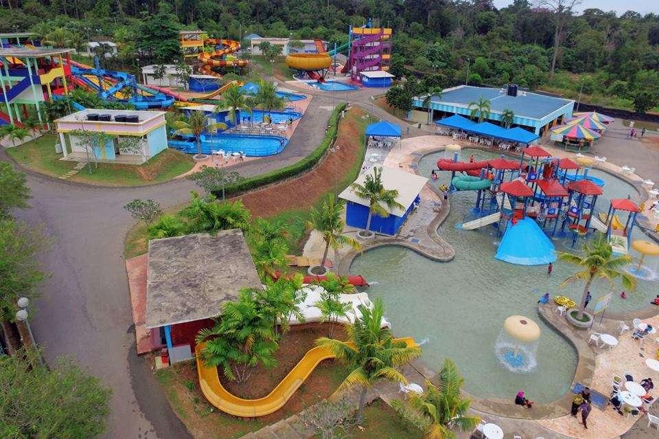 Tempat-Menarik-Di-Melaka-Melaka-Wonderland-Theme-Park-Resort