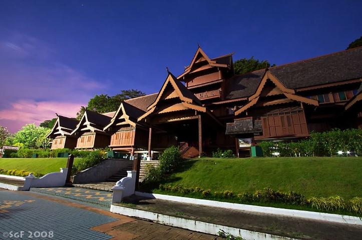 Tempat-Menarik-Di-Melaka-Muzium-Kesultanan-Melayu-Melaka