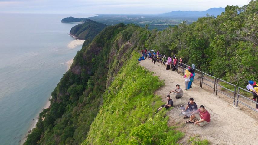 Tempat-Menarik-Di-Terengganu-Bukit-Kluang