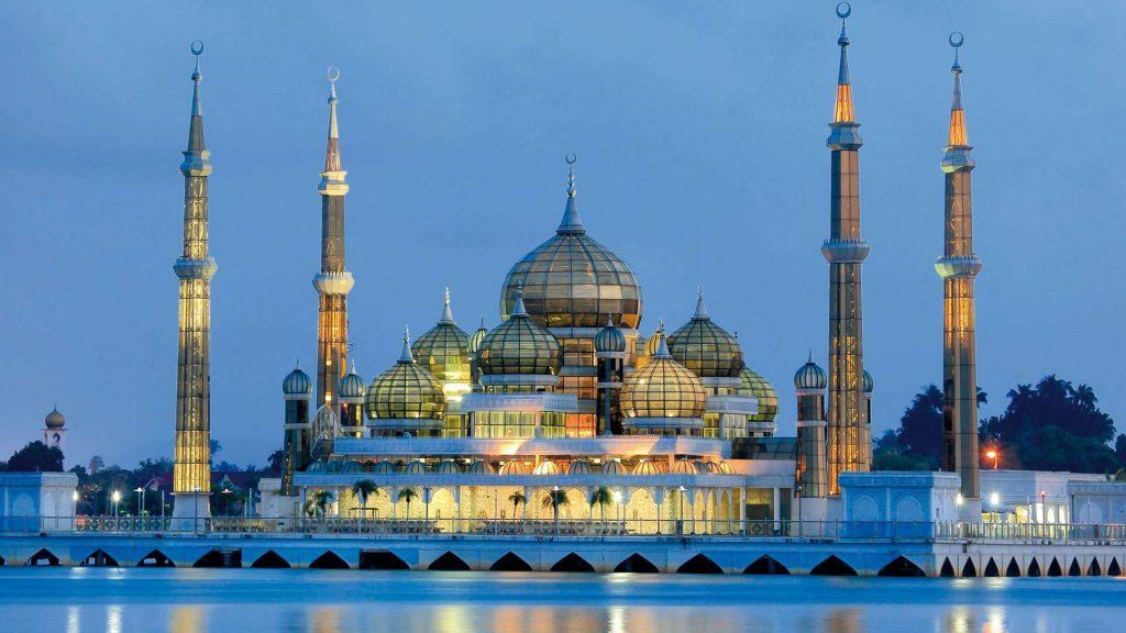 Tempat-Menarik-Di-Terengganu-Masjid-Kristal