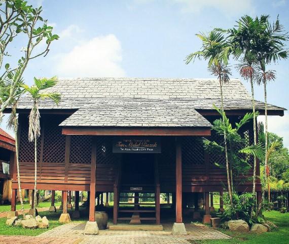 Tempat-Menarik-di-Pahang-Rumah-Kelahiran-Tun-Abdul-Razak