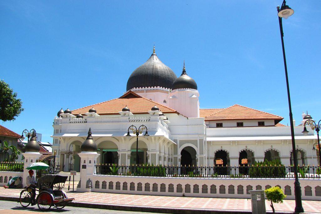 Tempat-Menarik-di-Penang-Masjid-Kapitan-Keling