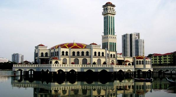Tempat-Menarik-di-Penang-Masjid-Terapung-Tanjung-Bungah