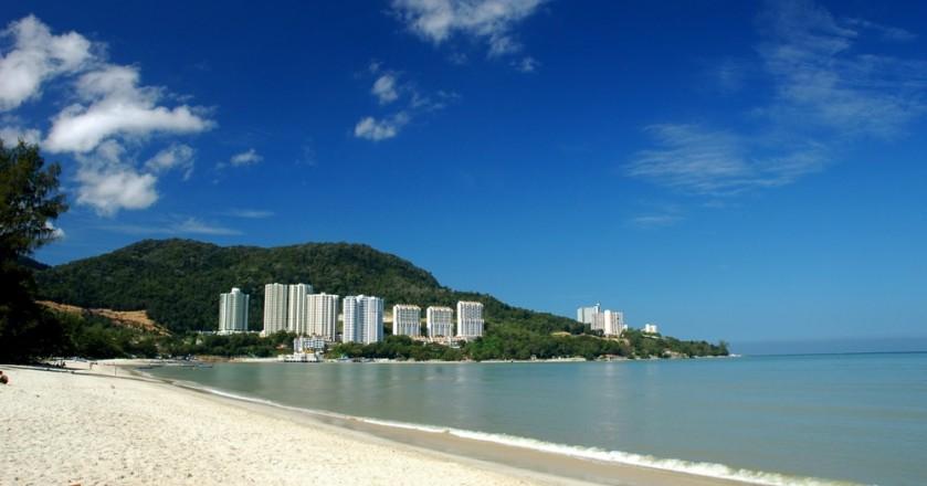Tempat-Menarik-di-Penang-Pantai-Tanjung-Bungah