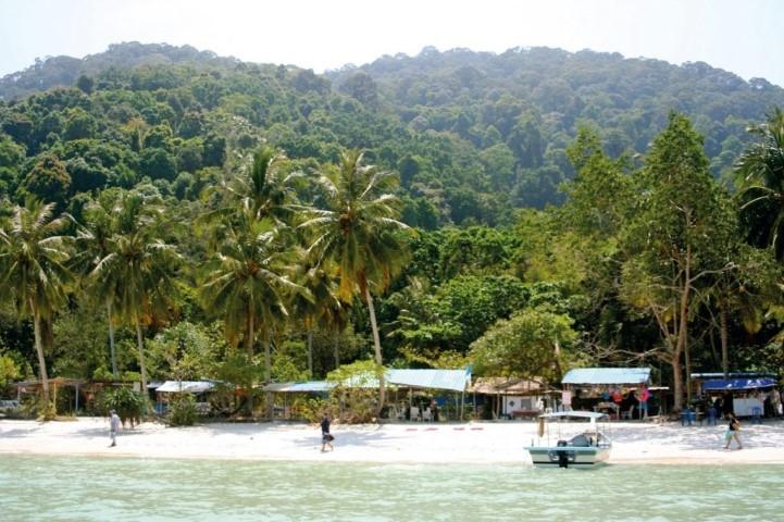 Tempat-Menarik-di-Penang-Teluk-Duyung