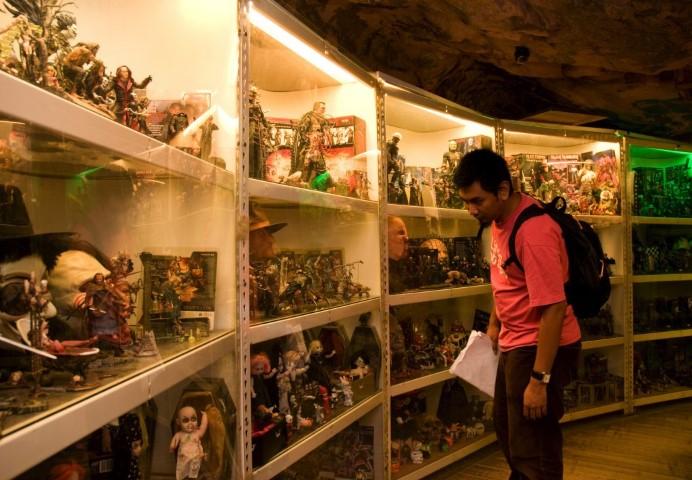 Tempat-Menarik-di-Penang-Toy-Museum-Heritage-Garden