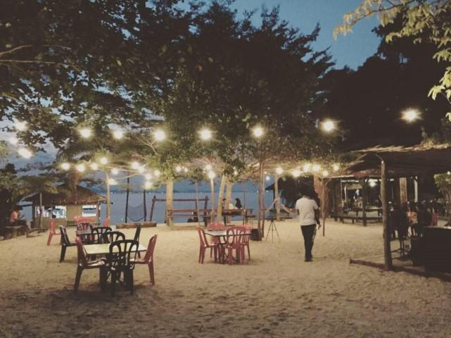 Tempat-Menarik-di-Pulau-Kapas-9
