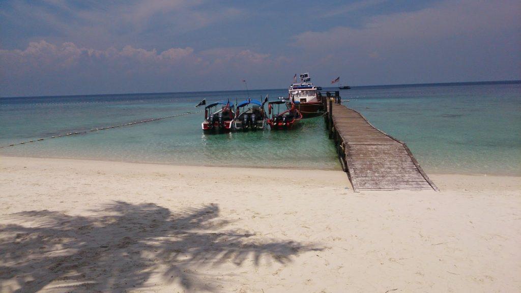 Tempat-Menarik-di-Pulau-Lang-Tengah-2