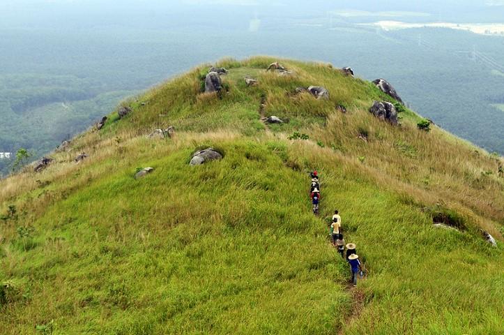 Tempat-Menarik-di-Selangor-Bukit-Broga