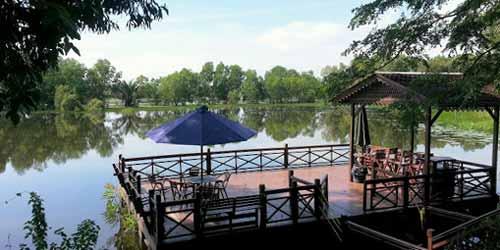 Tempat-Menarik-di-Selangor-Paya-Indah-Wetland