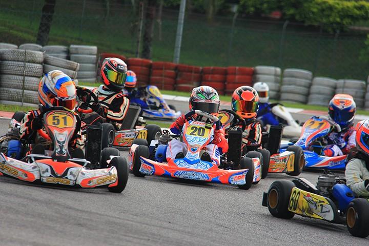 Tempat-Menarik-di-Selangor-Sepang-International-Kart-Circuit