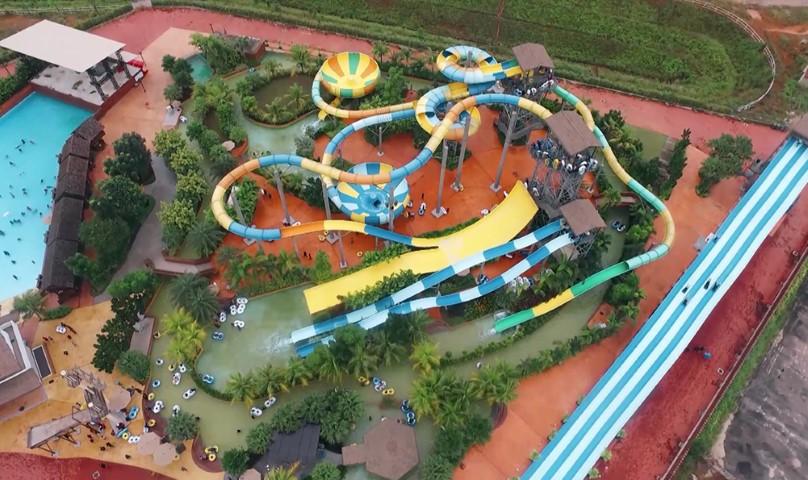 Tempat-Menarik-Di-Johor-Austin-Height-Water-Adventure-Park-1