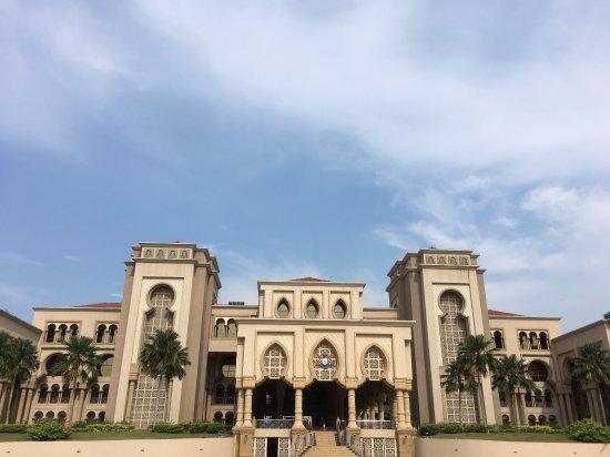 Tempat-Menarik-Di-Johor-Bangunan-Dato'-Jaafar-Muhammad