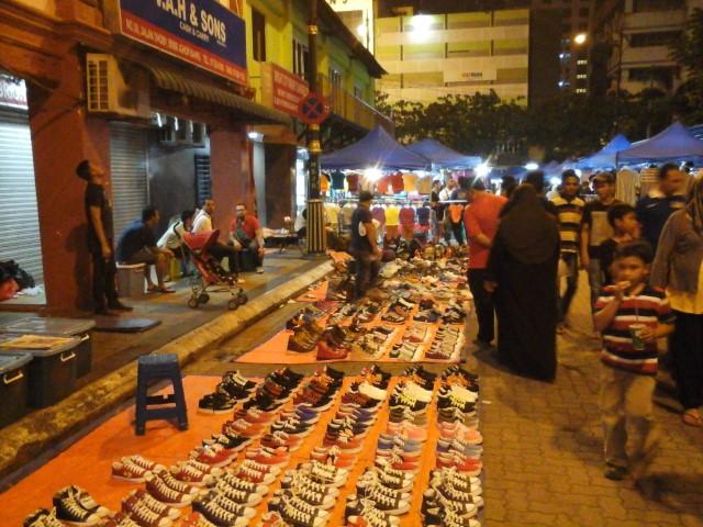Tempat-Menarik-Di-Johor-Bazar-Karat-Johor-Bahru