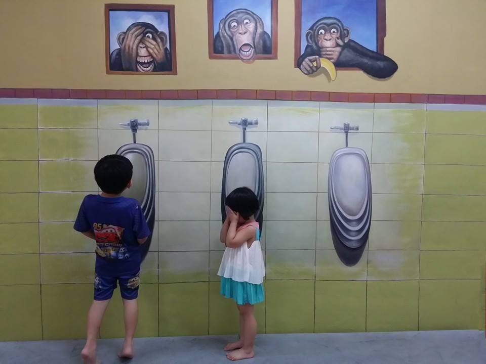 Tempat-Menarik-Di-Johor-Mini-Kuso-Trick-Art-Gallery