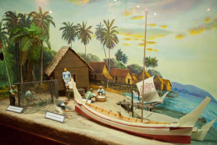 Tempat-Menarik-Di-Johor-Muzium-Nelayan-Tanjung-Balau