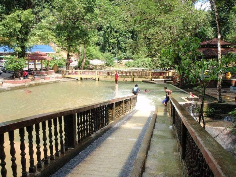 Tempat-Menarik-Di-Kelantan-Jeram-Pasu-1