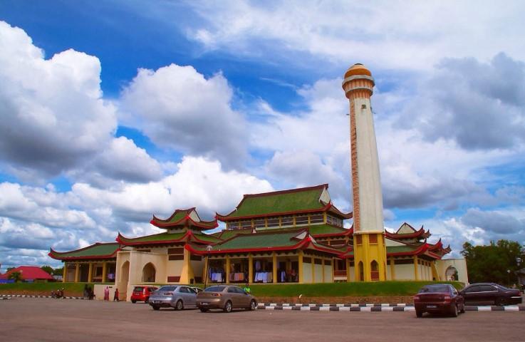 Tempat-Menarik-Di-Kelantan-Masjid-Jubli-Perak-Sultan-Ismail