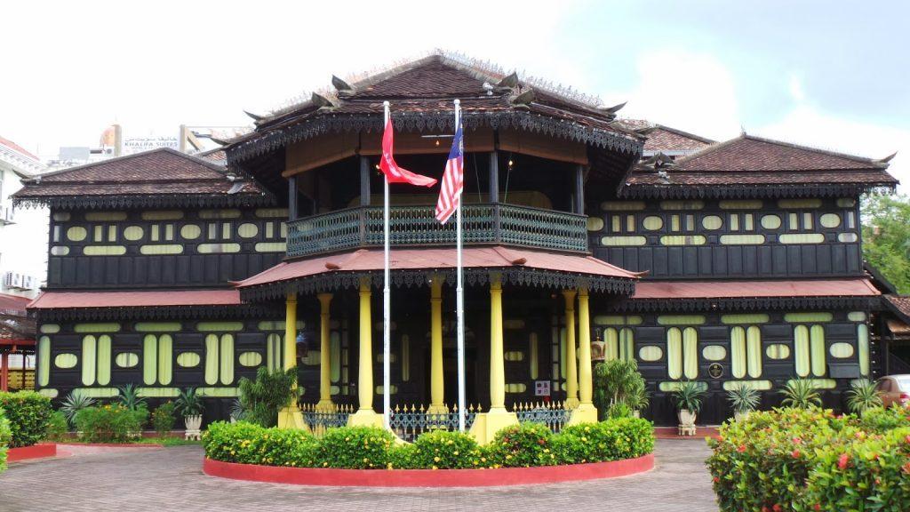 Tempat-Menarik-Di-Kelantan-Muzium-Adat-Istiadat-@-Istana-Jahar