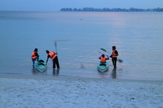 Tempat-Menarik-Di-Pulau-Sibu-Kayak