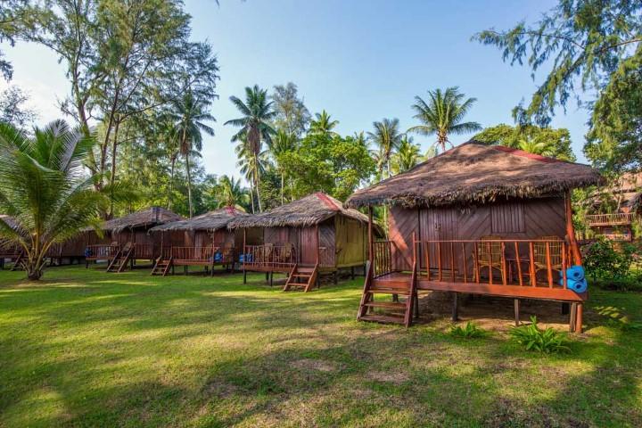 Tempat-Menarik-Di-Pulau-Sibu-Sea-Gypsy-Village-1