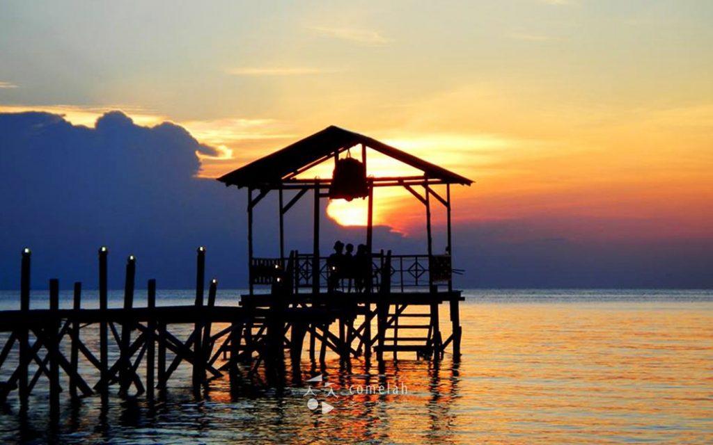 Tempat-Menarik-Di-Pulau-Sibu-Sunset