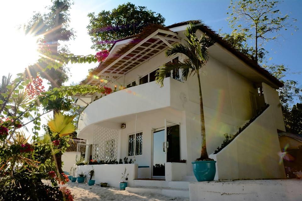 Tempat-Menarik-di-Pulau-Rawa-Beach-House-1