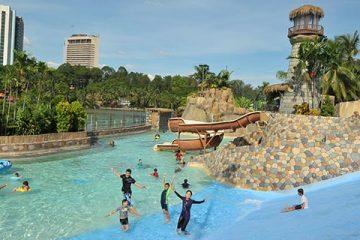 Tempat-Menarik-Di-Wet-World-Water-Park-1
