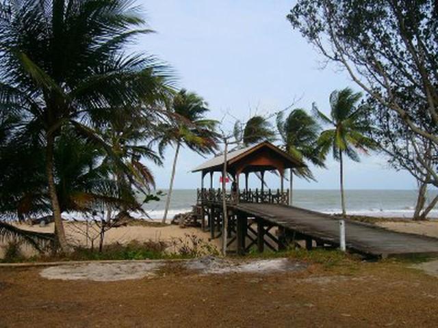 Tarikan-Menarik-di-Pantai-Desaru-4