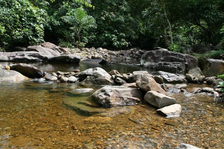Tempat-Menarik-di-Kedah-Air-Terjun-Titi-Hayun
