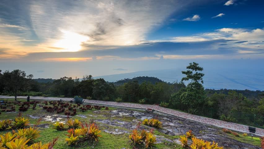 Tempat-Menarik-di-Kedah-Gunung-Jerai