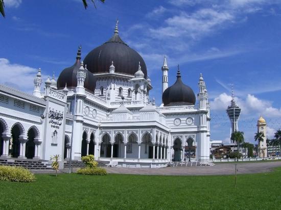 Tempat-Menarik-di-Kedah-Masjid-Zahir-1