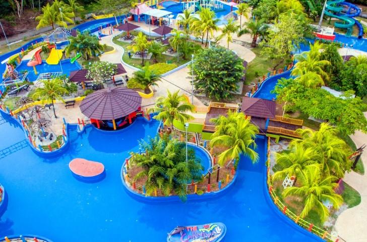 Tempat-Menarik-di-Kedah-The-Carnival-Water-Land-Theme-Park