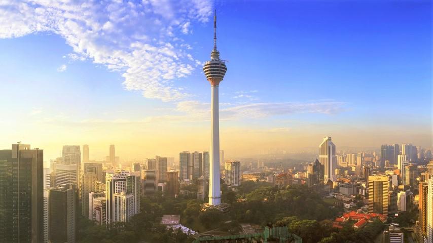 Tempat-Menarik-Di-Kuala-Lumpur-Menara-Kuala-Lumpur