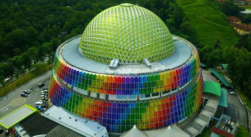 Tempat-Menarik-Di-Kuala-Lumpur-Pusat-Sains-Negara