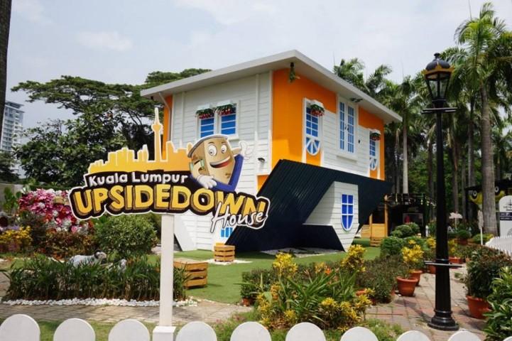 Tempat-Menarik-Di-Kuala-Lumpur-Kuala-Lumpur-Upside-Down-House