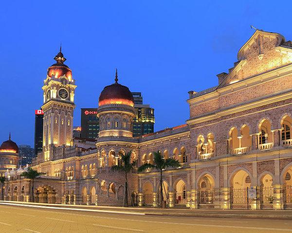 Tempat-Menarik-Di-Kuala-Lumpur-Bangunan-Sultan-Abdul-Samad